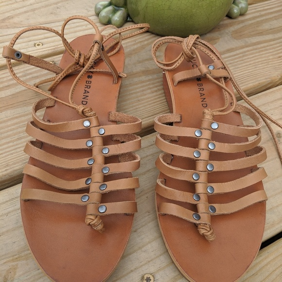 b07a23bb8d32 Lucky Brand Cognac Tan Gladiator Sandals 7.5M